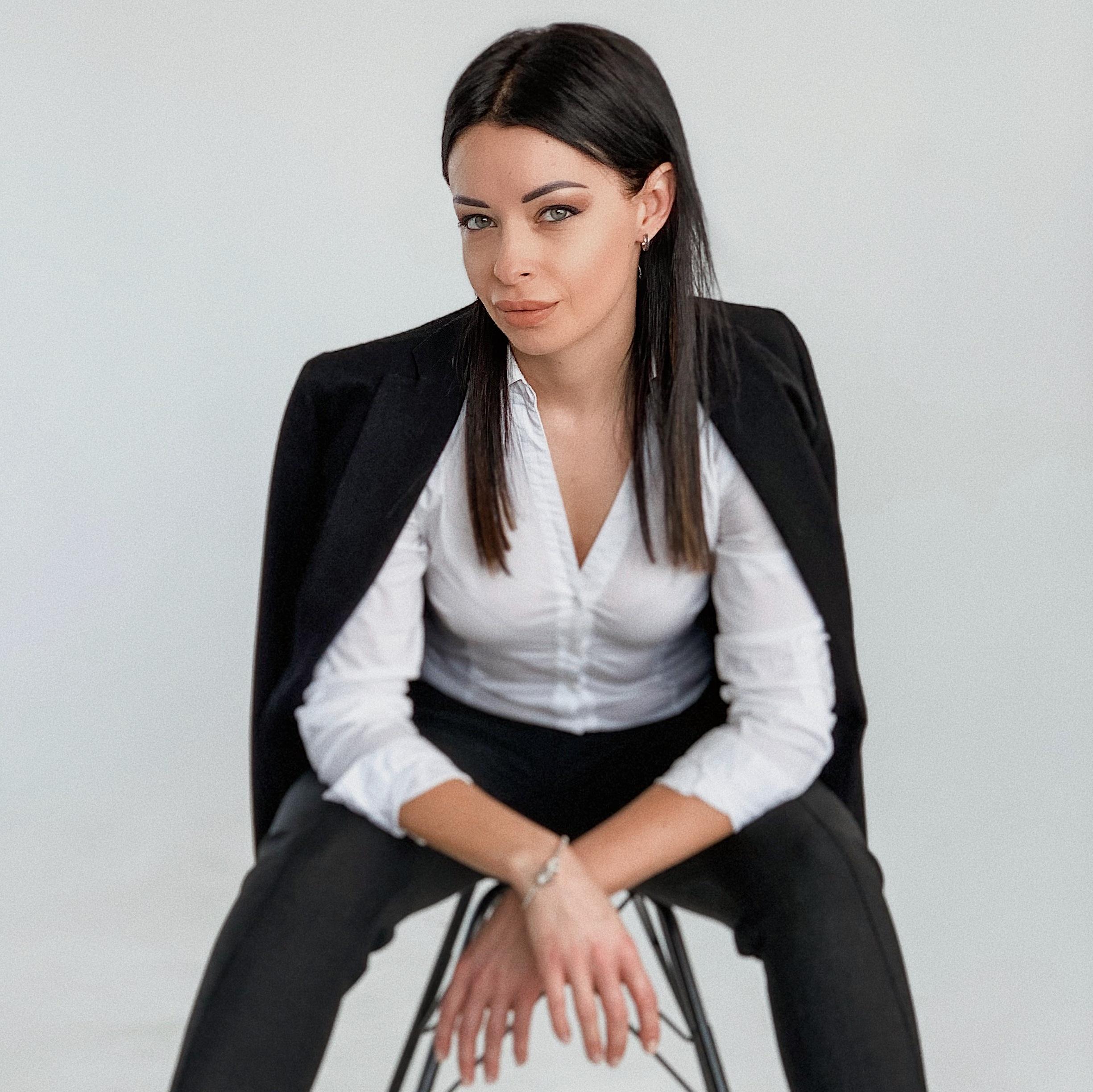 Юлия Новоселова